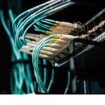 Fibre : des chercheurs explosent le record de débit
